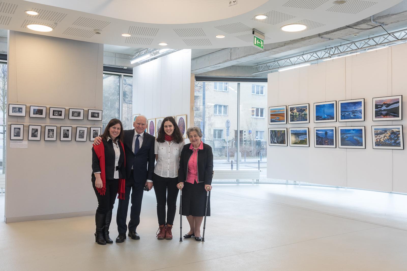 Teresa i Maciej Nowiccy, Katarzyna Gubrynowicz z córką Joanną