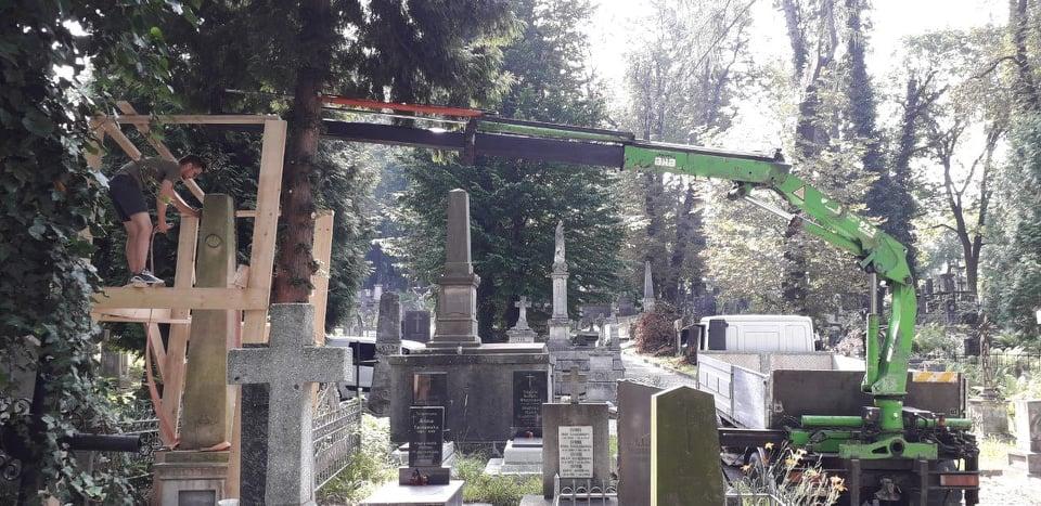 Renowacja nagrobka Anastazji z Mierów Dzieduszyckiej (1781-1845)