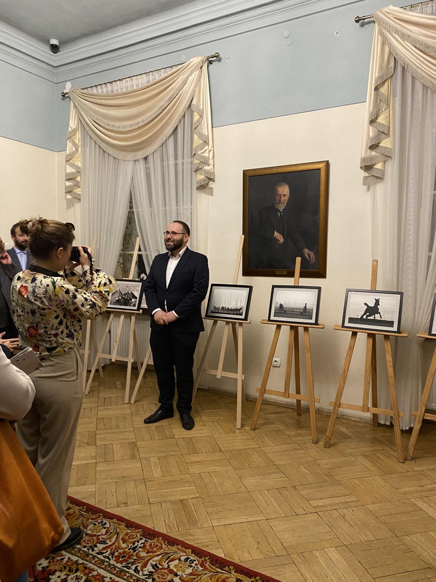 Łukasz Zagrobelny – dyrektor Muzeum Dzieduszyckich oddziału Muzeum w Jarosławiu Kamienica Orsettich